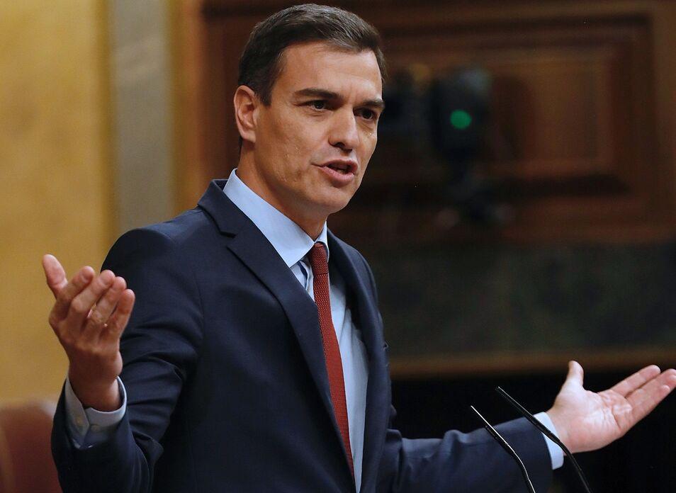 c9b885d5b395 Así manipula el gurú económico de Sánchez el éxito de las rebajas de  impuestos