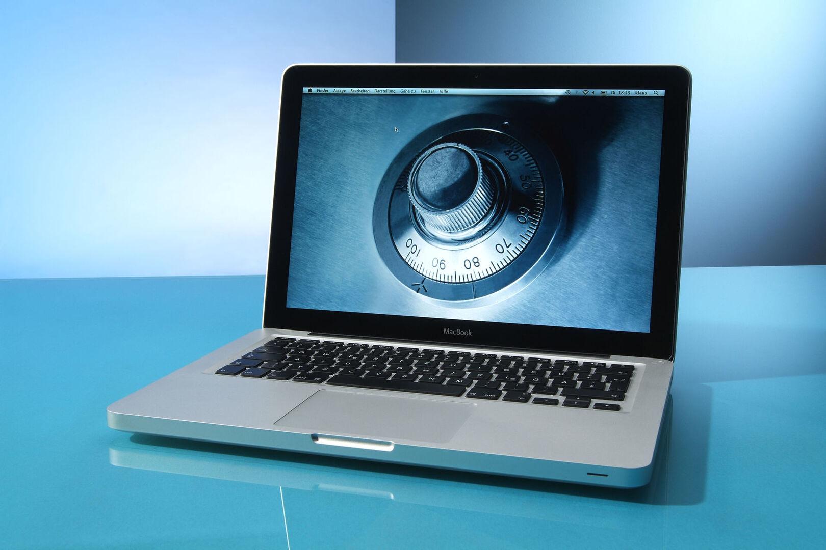 как защитить свои фото в интернете делаю