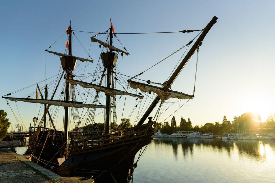 Así era el barco con el que España consiguió dar la primera vuelta al mundo