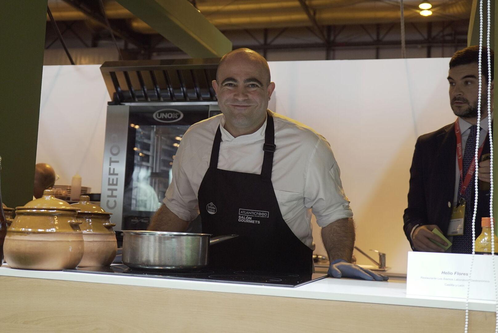 Un Chef Cocina En Directo En La 33 Edición Del Salón Gourmet | Salón  Gourmet, Ifema