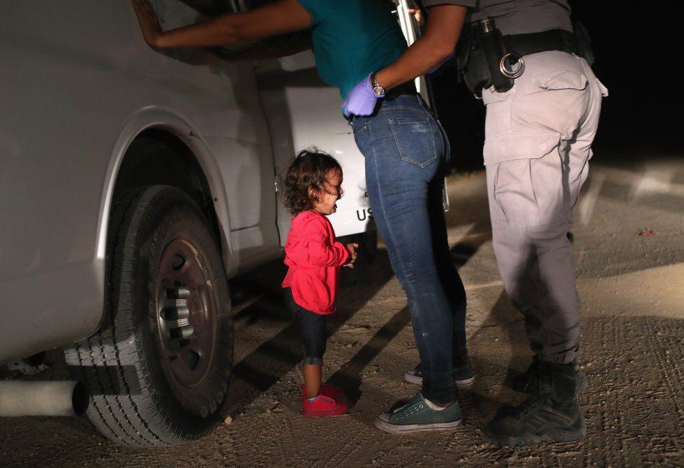 La fotografía de una niña hondureña separada de su madre en la frontera de EEUU, premio World Press Photo 2019