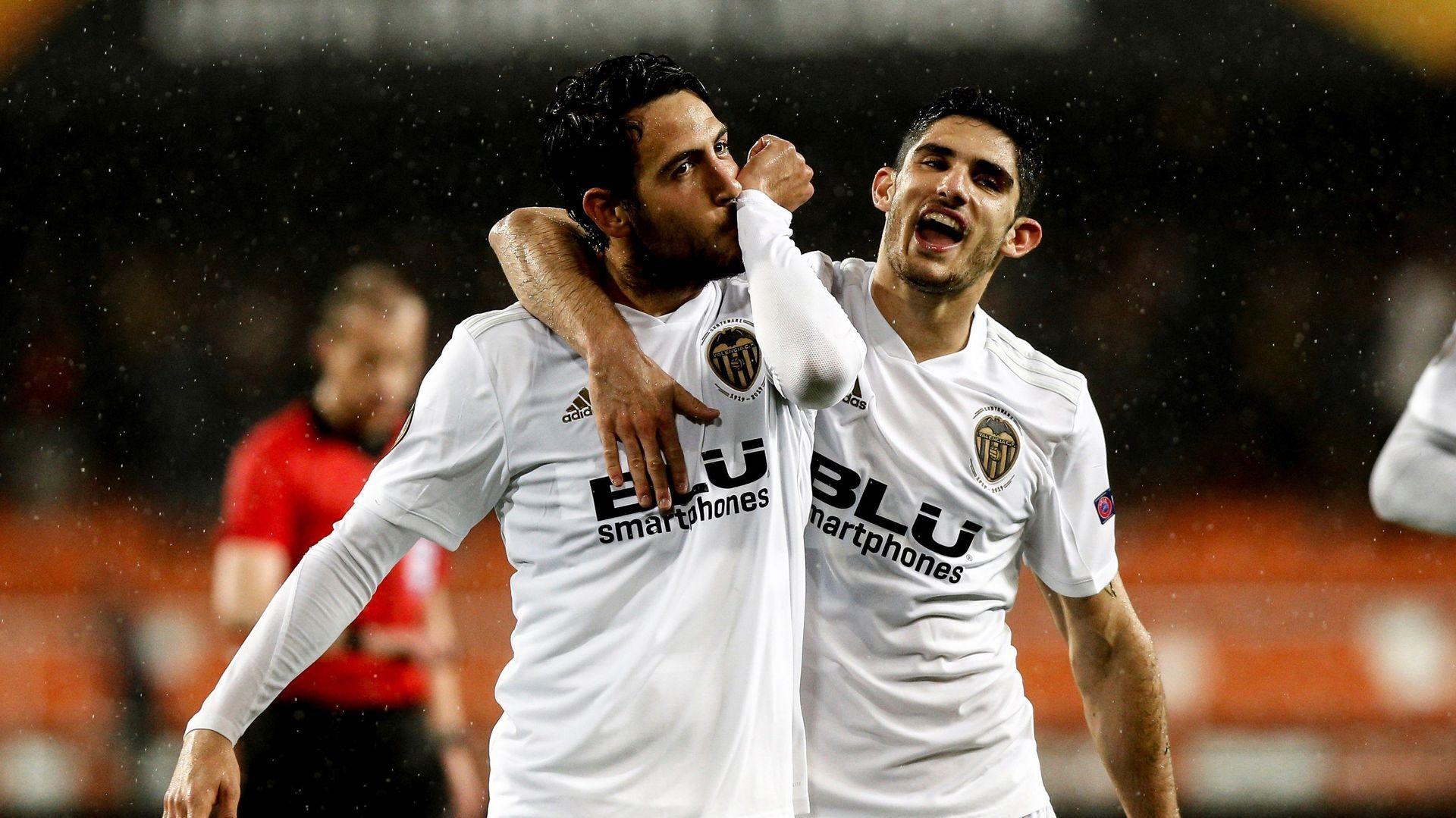 El Valencia vuelve a superar al Villarreal y se mete en semifinales de la Europa League (2-0)