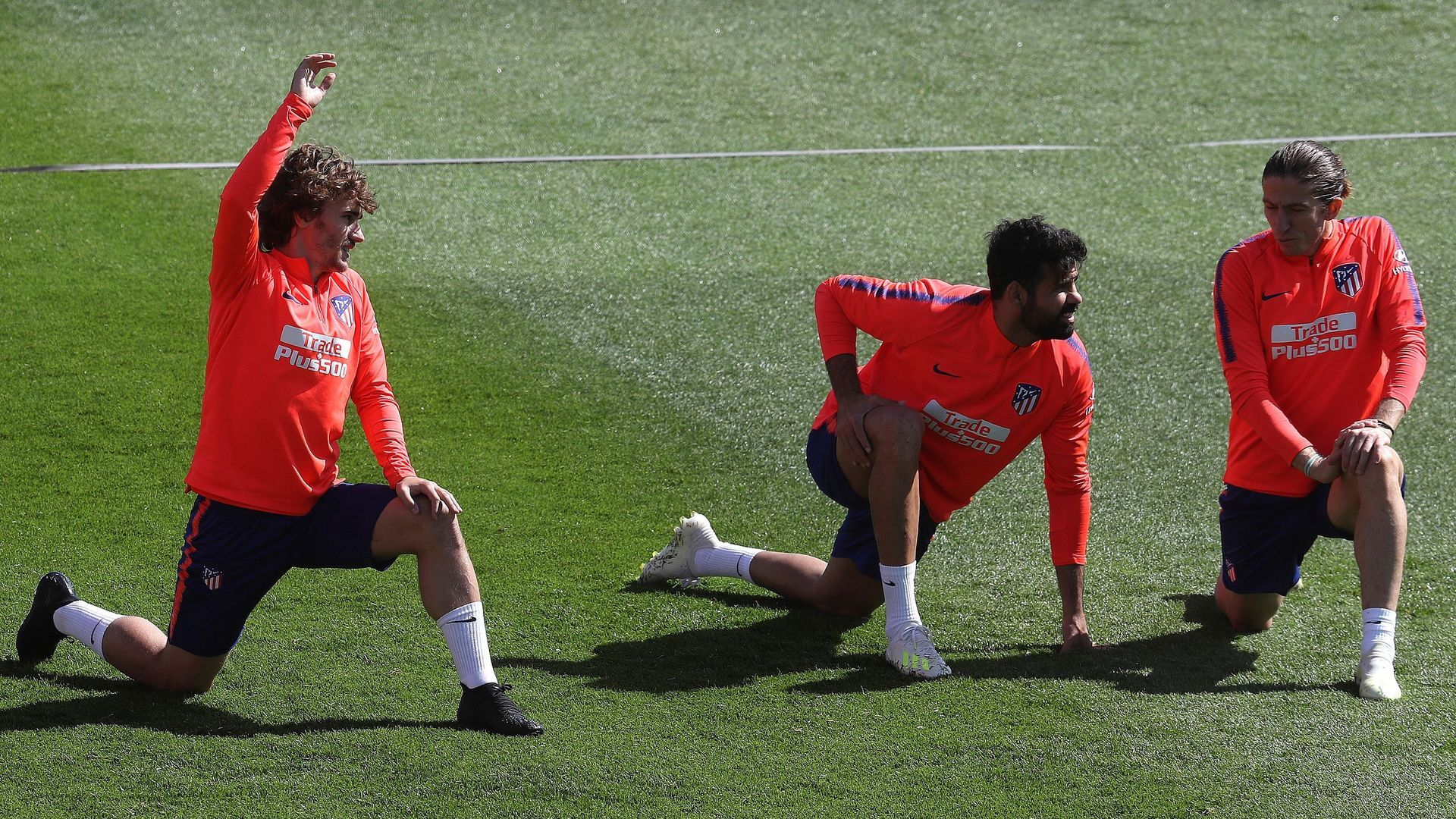 Diego Costa recula y vuelve a entrenar con sus compañeros