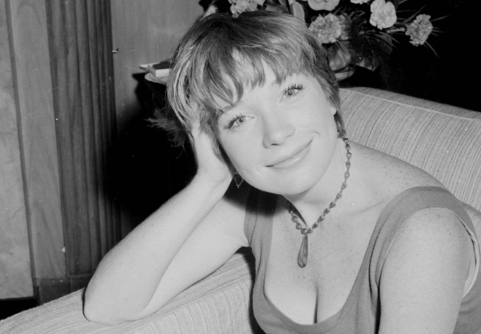 """Apartamentos Para Rodar Pelicuylas Porno shirley maclaine, a sus 85 años: """"descubrí que mi marido"""