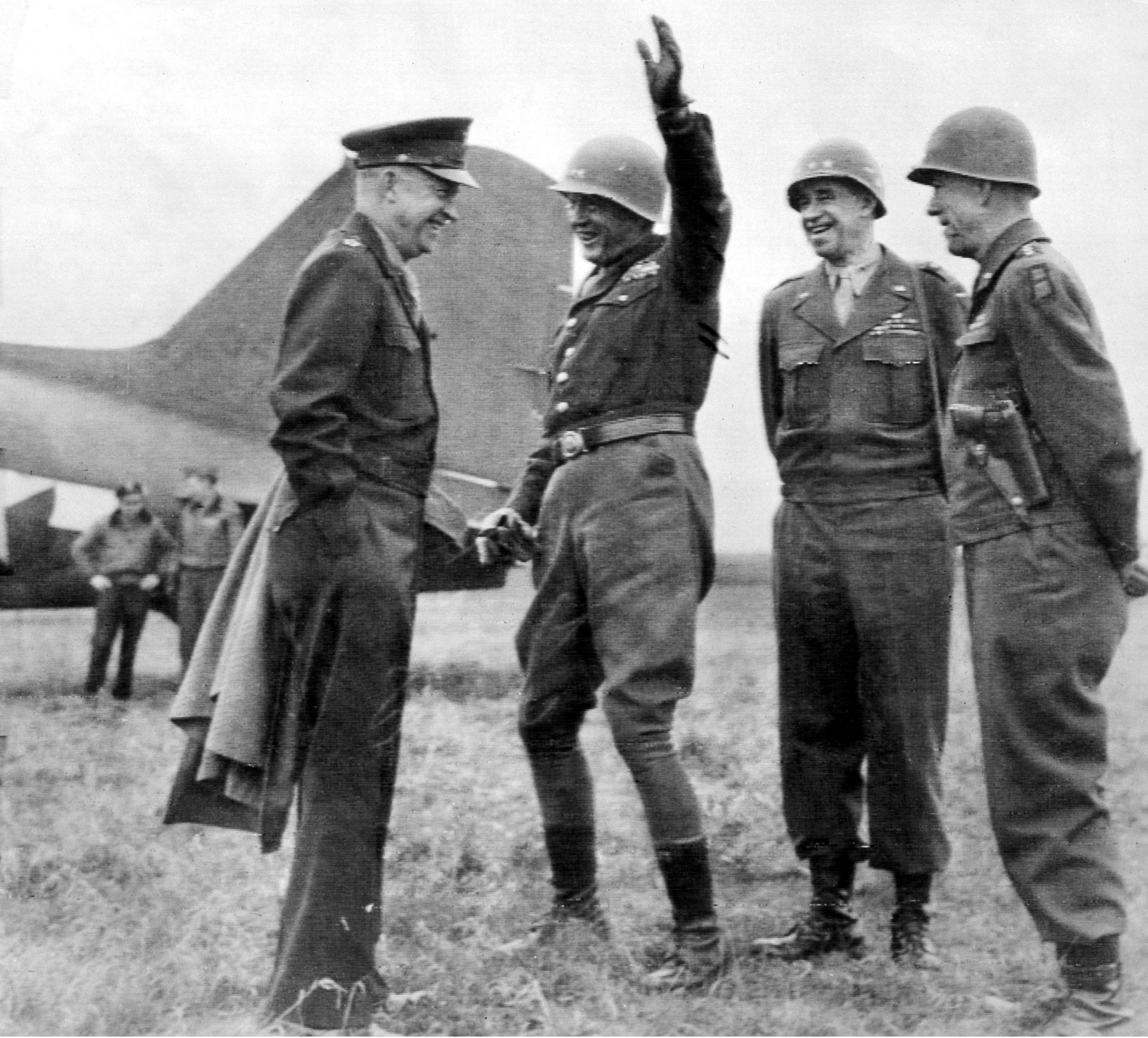eisenhower-left-as-a-general-during-worl
