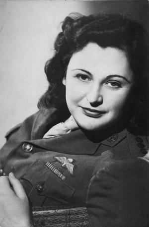 nancy-wake-1945.jpg