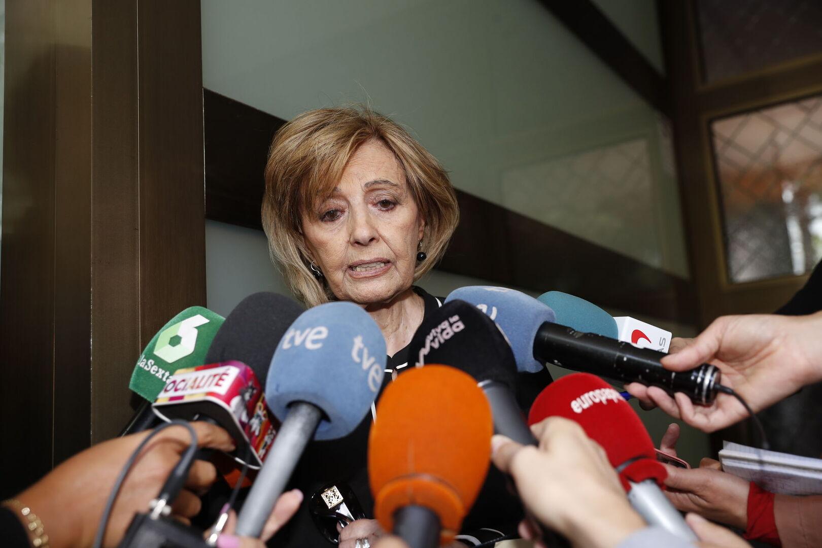 María Teresa Campos y Bigote Arrocet abandonan Marbella por sorpresa
