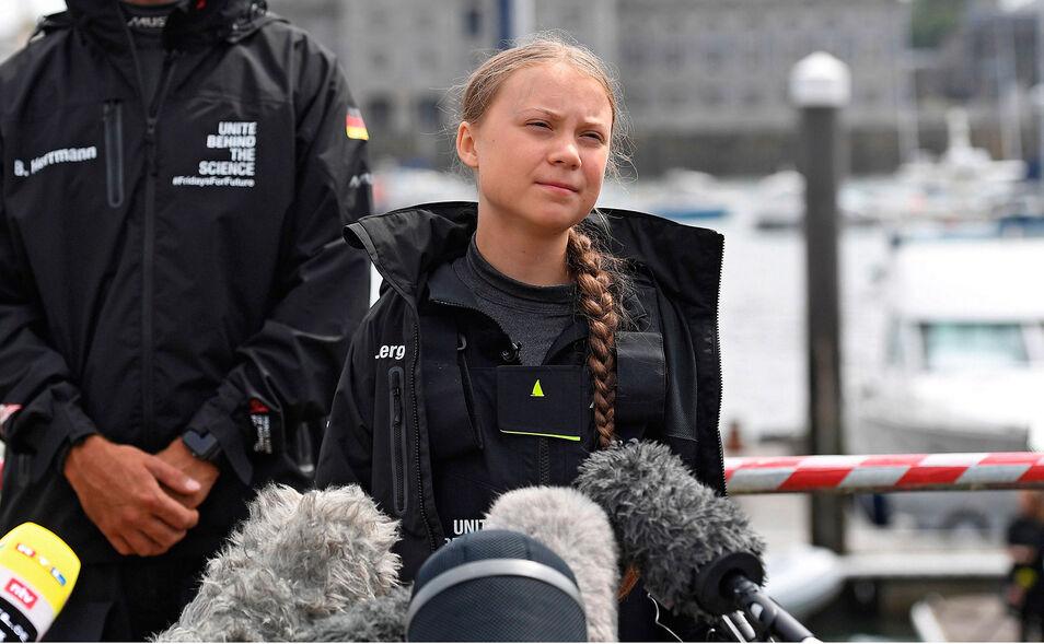Greta Thunberg se cree Casandra advirtiendo a los troyanos de las calamidades que se les vienen encima pero es más bien Nerón tañendo la lira.