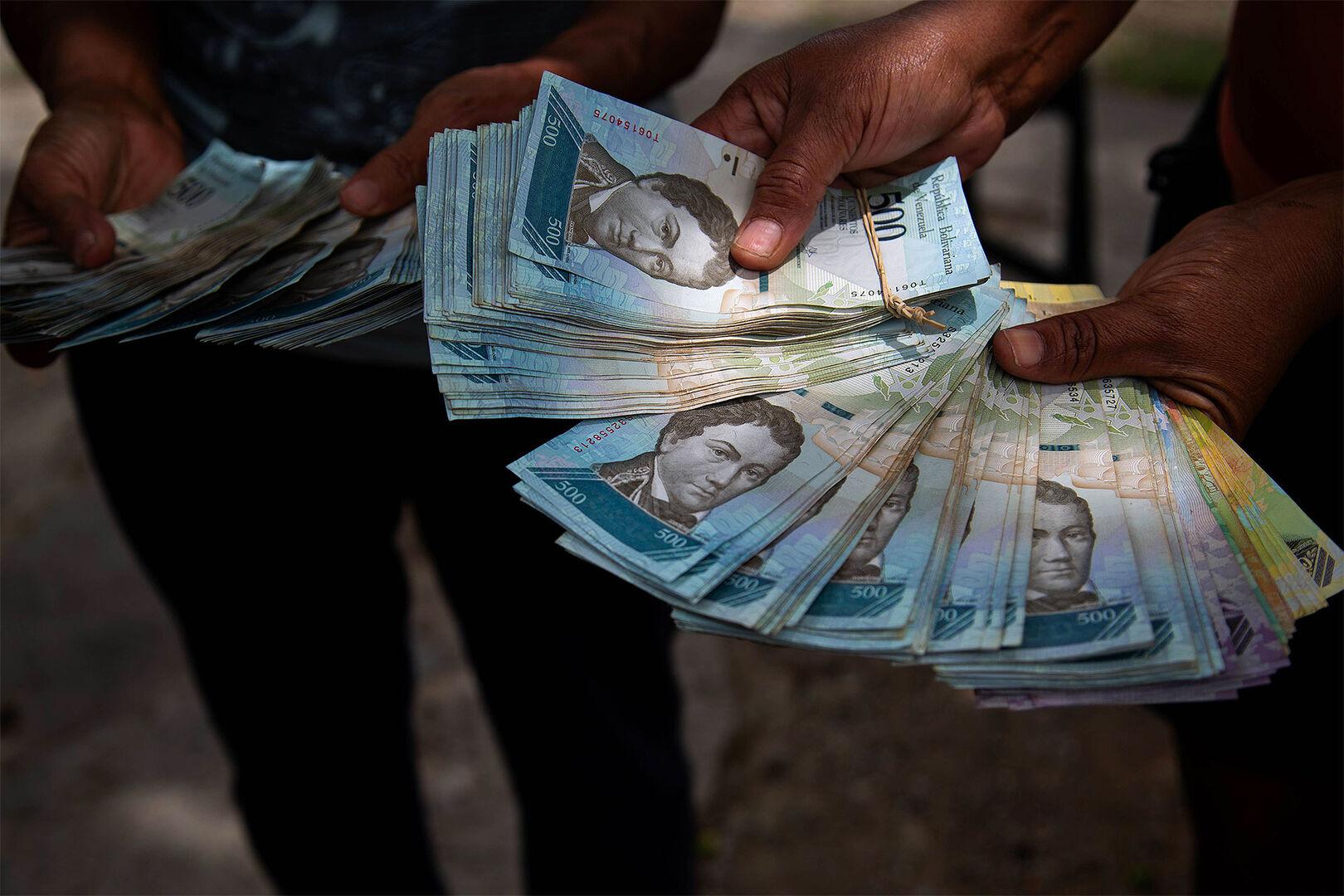 El chavismo quiere imponer el trueque en Venezuela