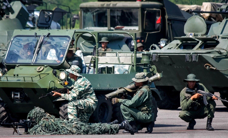 El Ejército de Colombia, en alerta ante los ejercicios militares de Venezuela en la frontera