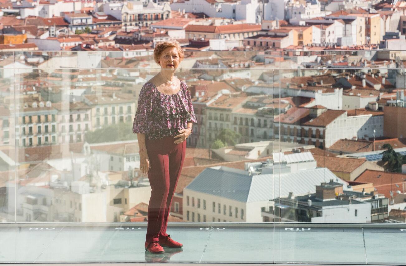 """La 'última inquilina' del edificio España: """"La Gran Vía antes tenía más elegancia"""""""