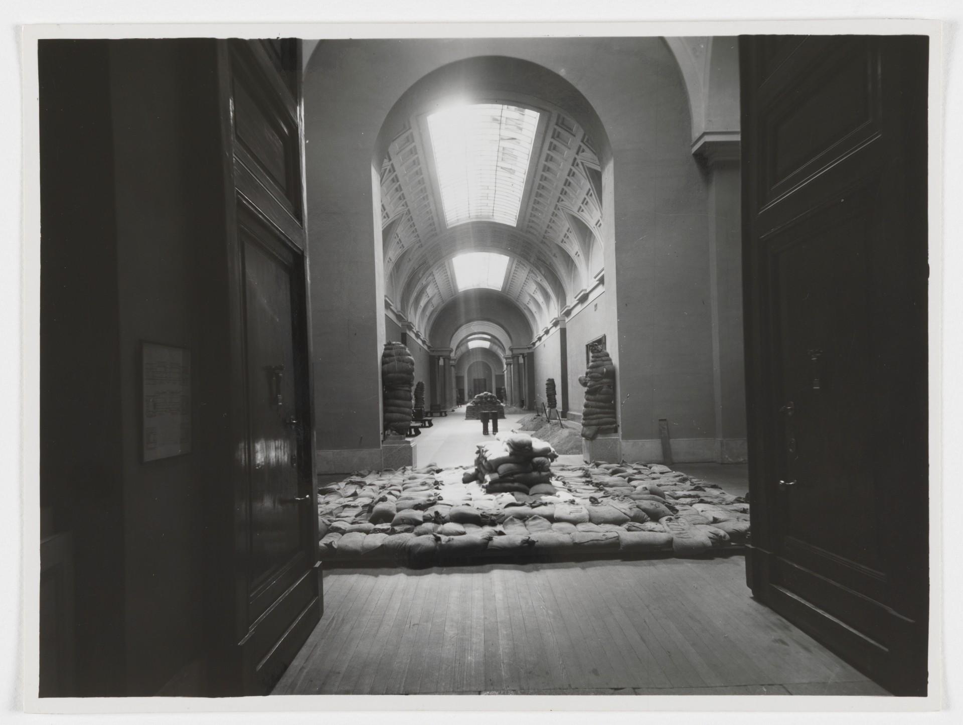 museo-del-prado-galeria-central-guerra-c