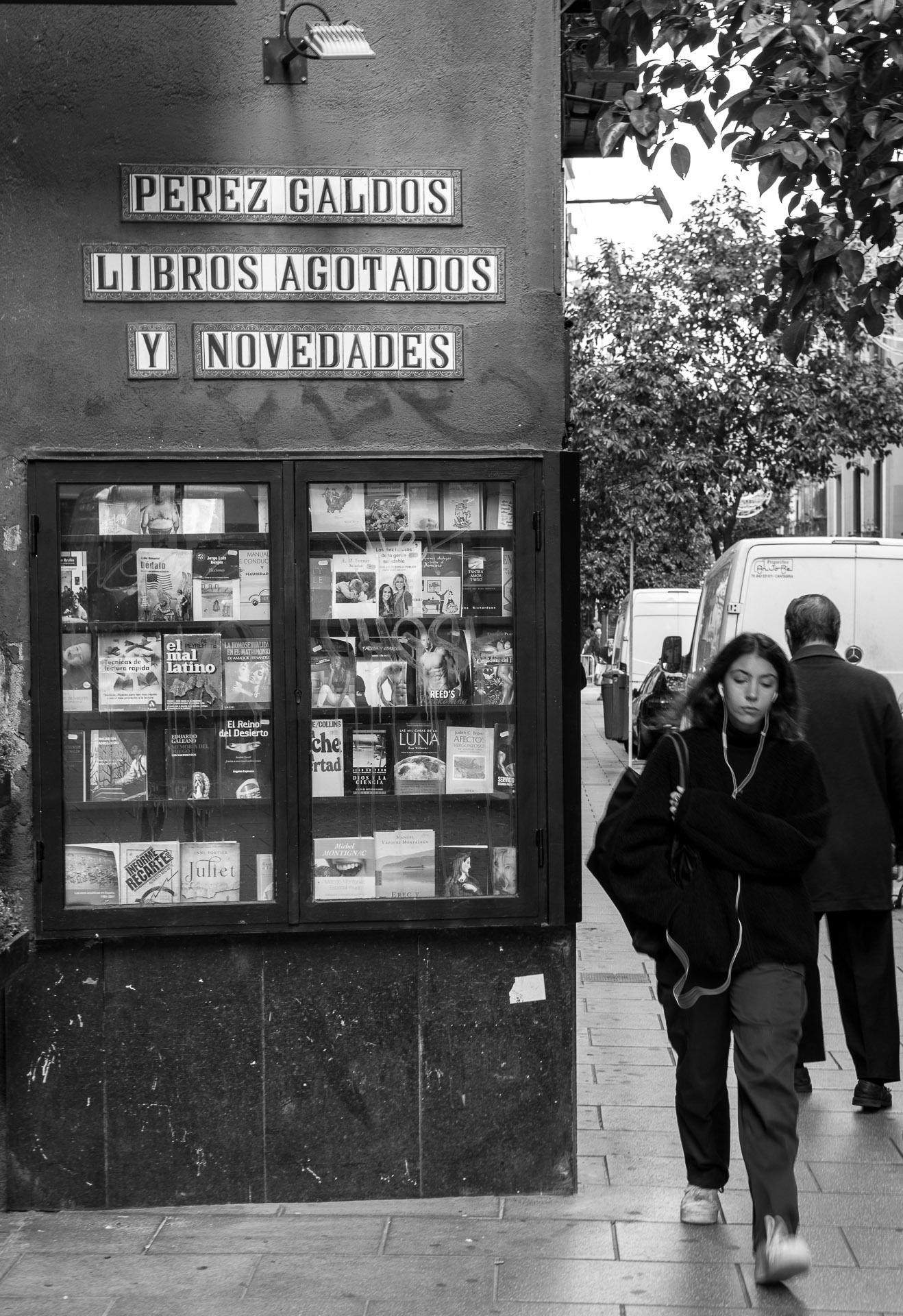 librerias-madrid-antoniomachado01.jpg