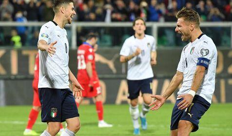 Clasificación para la Eurocopa: Italia firma una goleada de escándalo; Suiza y Dinamarca logran el billete - Libertad Digital