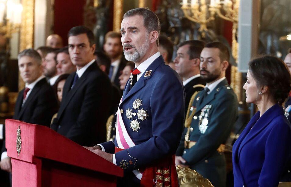 La izquierda tiene otro objetivo, complementario al independentista de los nacionalistas: la transformación de España en un régimen republicano.