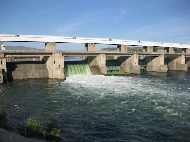 central-hidroelectrica-flix.jpg