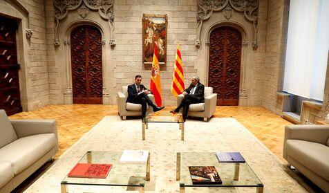 Sánchez cede ante Torra y acepta celebrar la mesa de diálogo el miércoles 26 en Moncloa