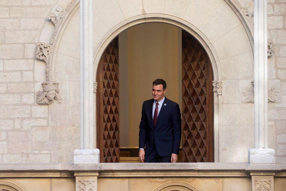 El golpe de Estado es ya parte del nuevo régimen. Pedro Sánchez es la circunstancia agravante en un delito contra todos los españoles.
