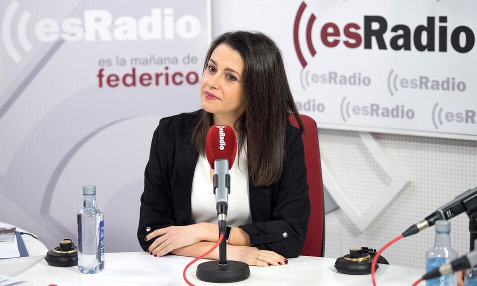 Arrimadas contesta a Feijóo: `Yo no le pido al PP que no se presente en Cataluña`