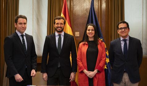 """PP y Cs firman el acuerdo para el País Vasco obviando a Alfonso Alonso: """"Acepta o se pondrá a otro"""""""