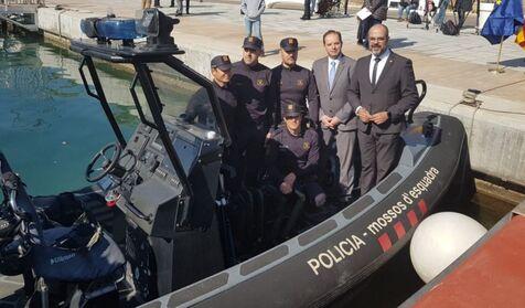 Los Mossos presentan su 'Policía Marítima' pese a no tener competencias