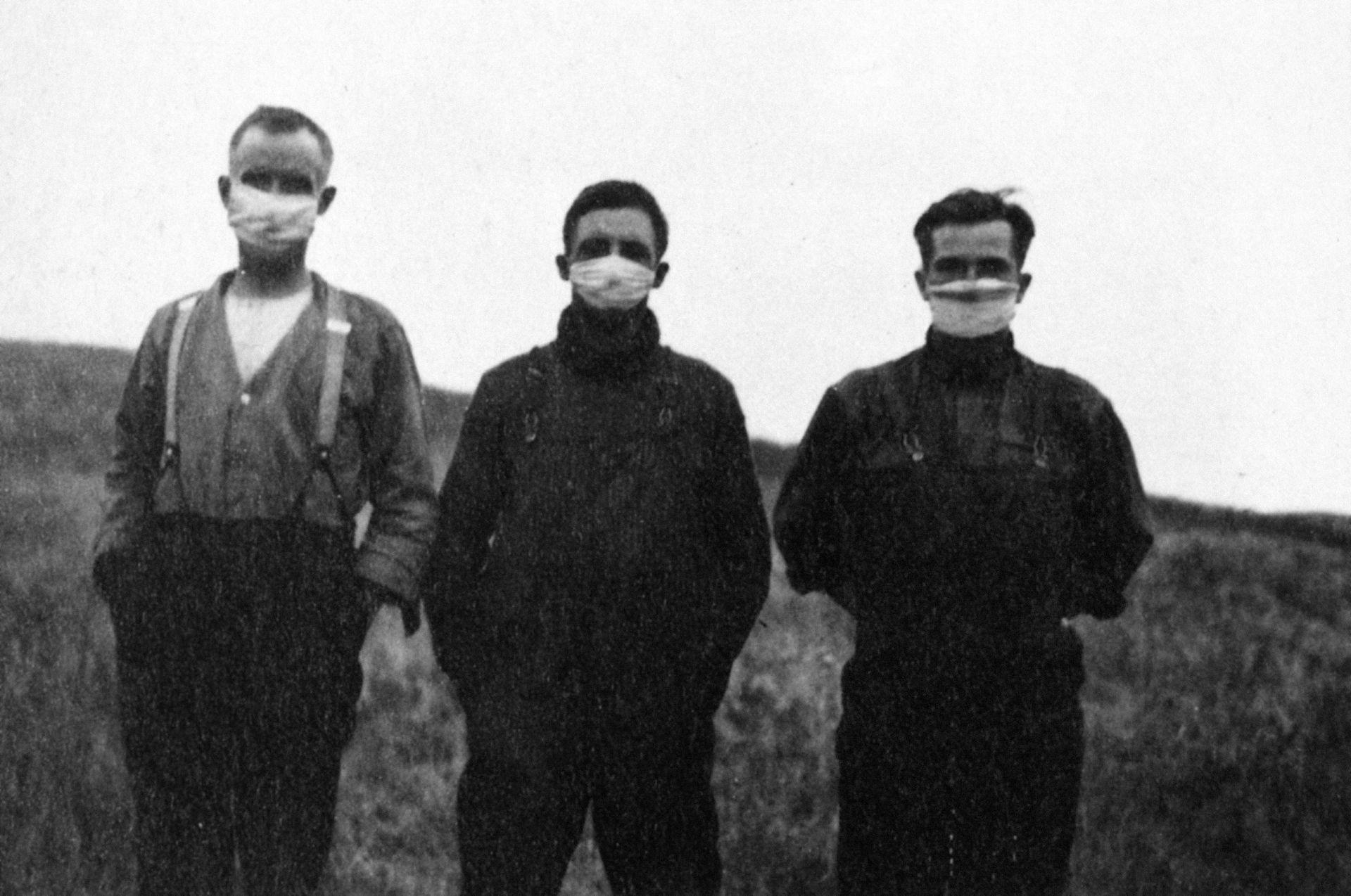 gripe1918canada.jpg