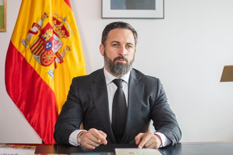 Abascal anuncia también una querella contra Pedro Sánchez y su Gobierno