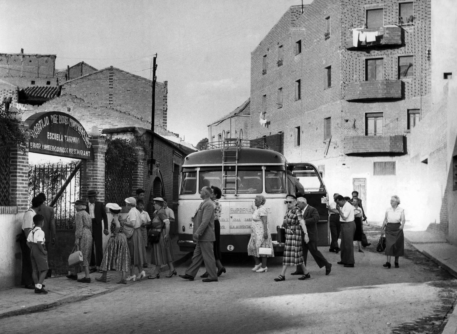 turistas-americanos-1950-spain-cordon-pr