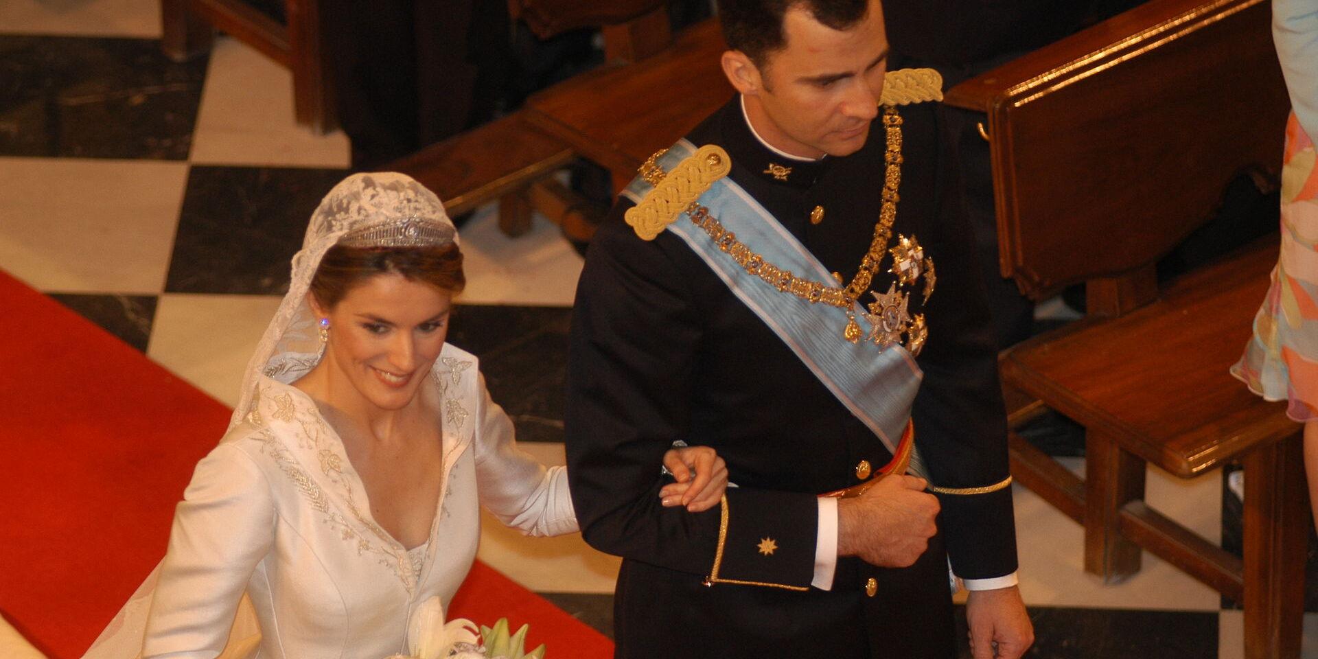 El aniversario de bodas más extraño de Felipe y Letizia: así fue su boda
