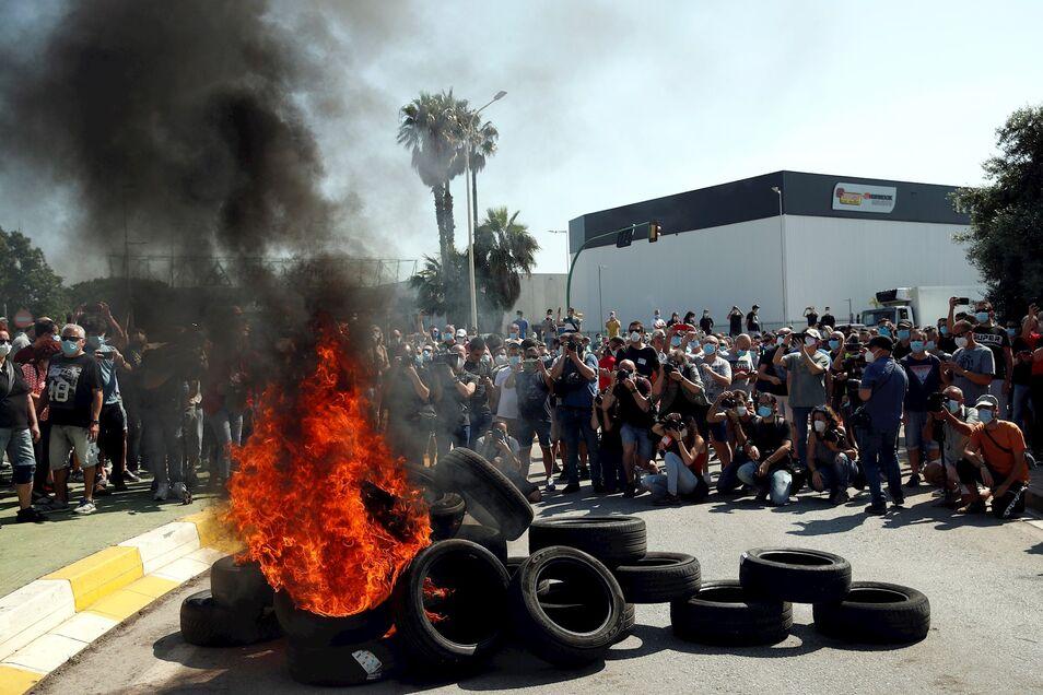 Y ahora está pasando? - Página 40 Protestas-cierre-nissan-barcelona-280520