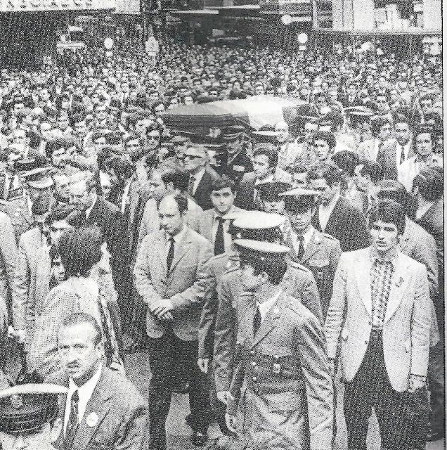 1973-funeral-con-manifestacion-del-sub-inspector-jose-antonio-fernandez--2.jpg