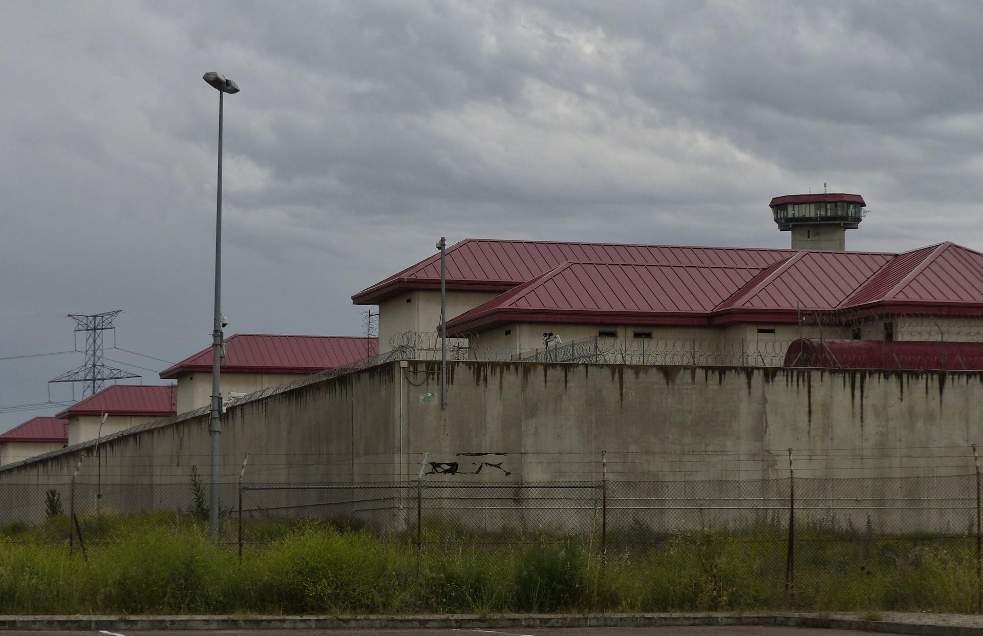 reportaje-prisiones-exterior-carcel-valdemoro-030620.jpg