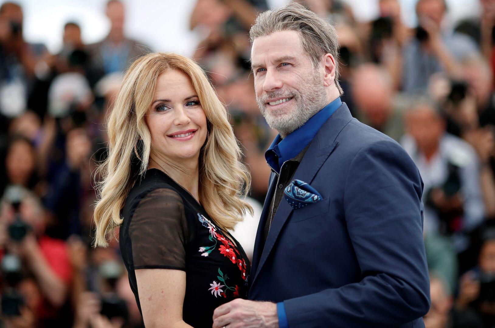 Muere la actriz Kelly Preston, mujer de John Travolta, a los 57 ...