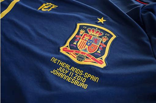 camiseta-conmemorativa-final-sudafrica-2010-logos-oficiales.png