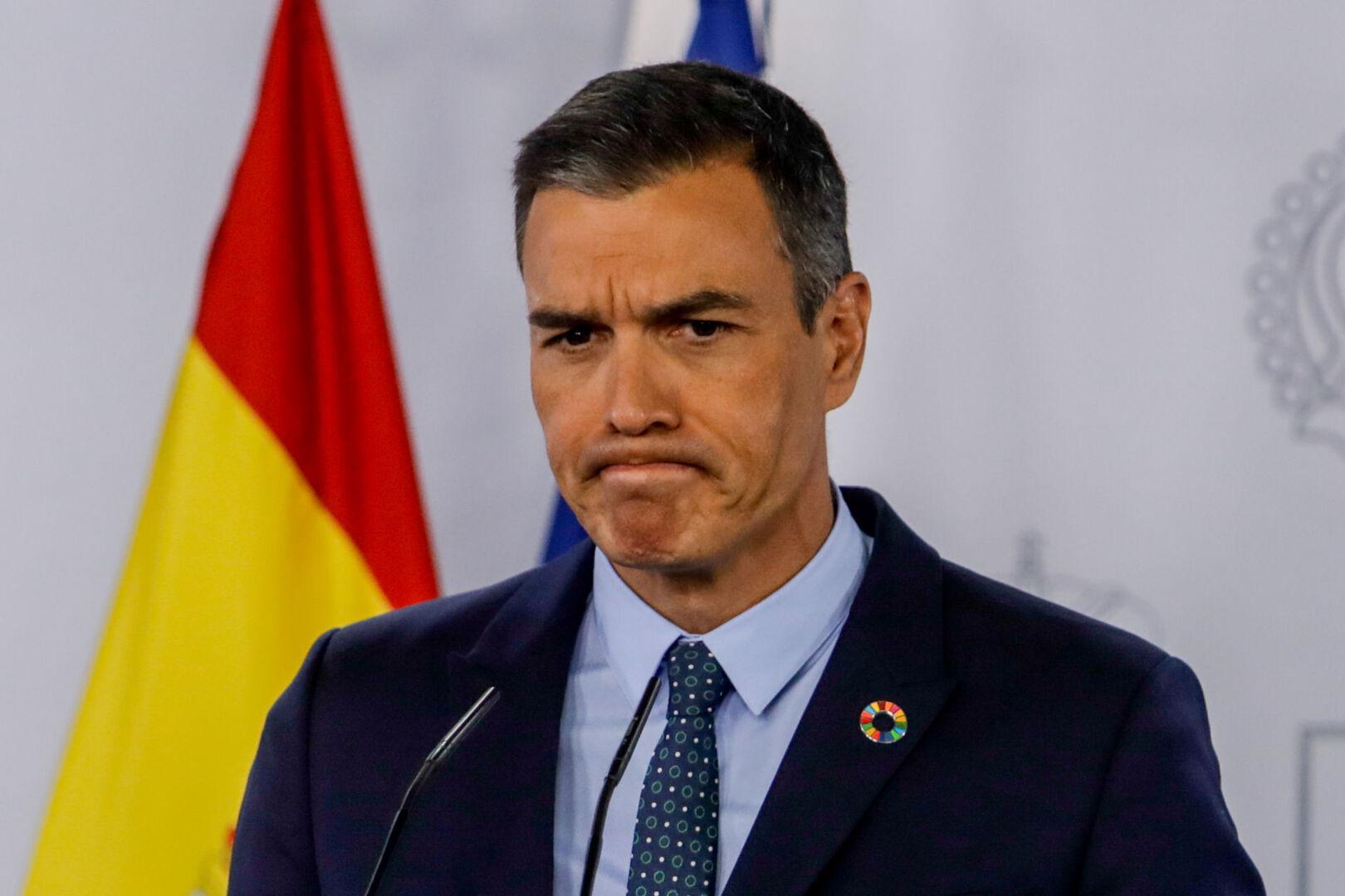 Sánchez desatado: parodia en el Congreso los argumentos de PP y Vox : «Judeomasónica» «socialcomunista bolivariana»