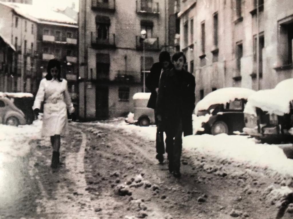 Fotografía tomada por el propio Carbonell, que era buen fotógrafo, de Pilar, César y Federico en Teruel.