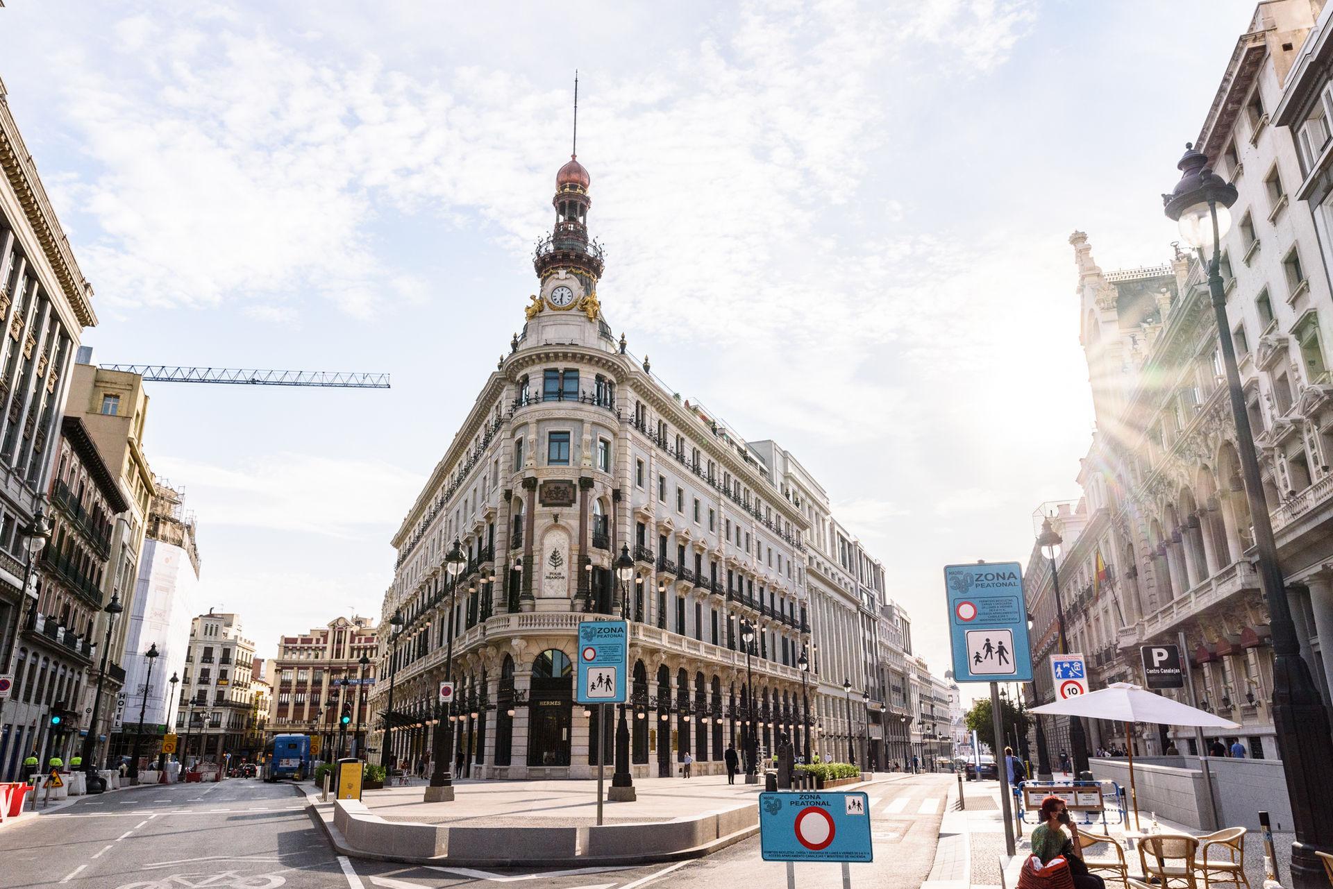 edificio-canalejas-four-seasons-hotel-madrid-00005.jpg