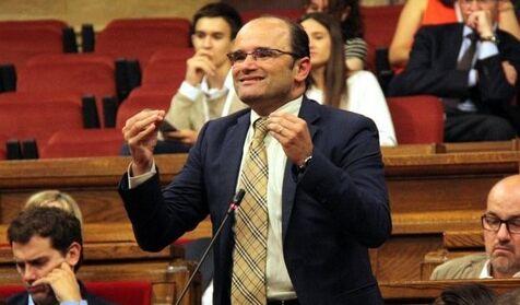 El que fuera cabeza de lista del PP por Gerona deja el partido por los ataques de Casado a Vox