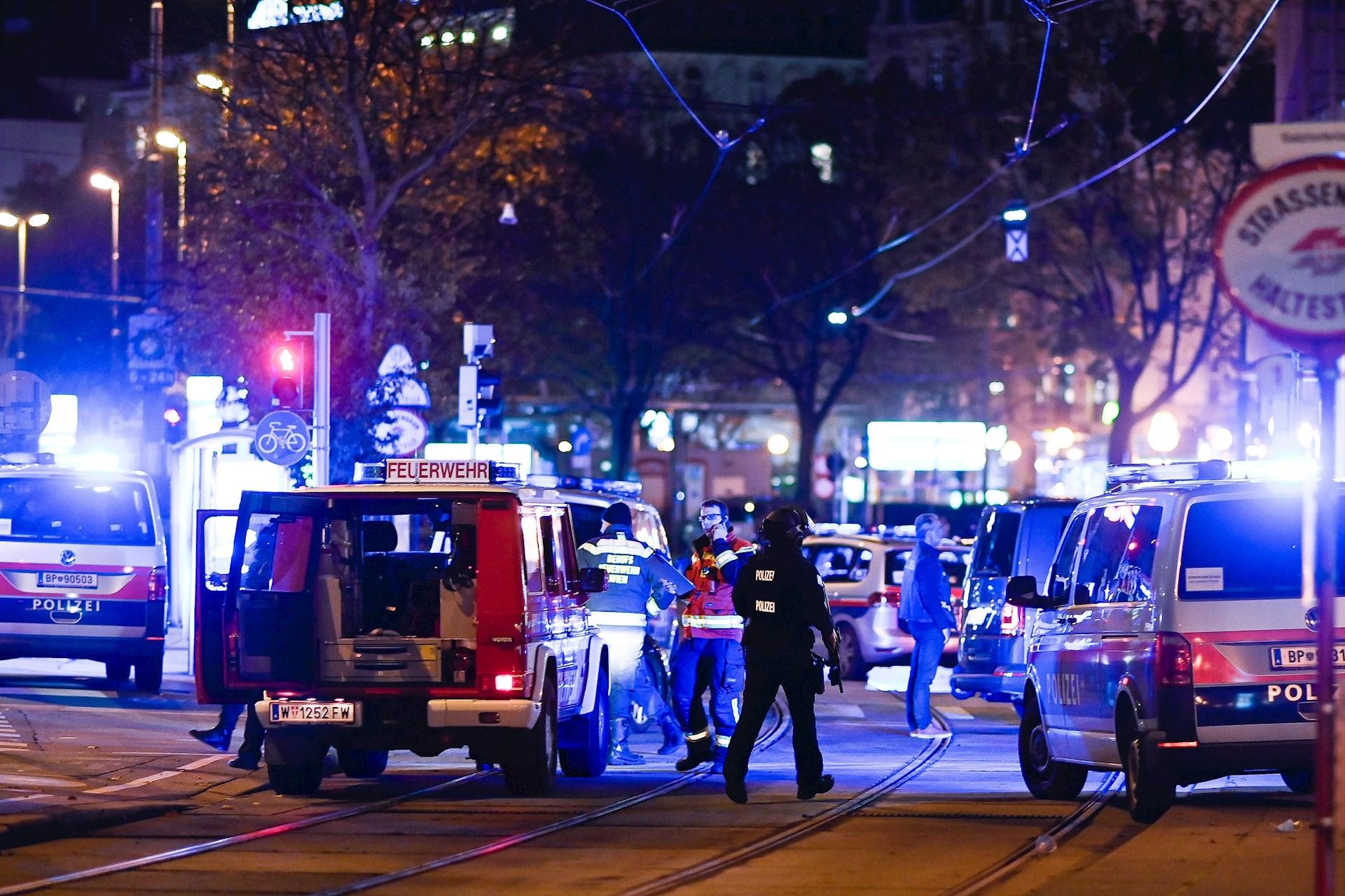 ataque-terrorista-viena-austria-011020-2.jpg
