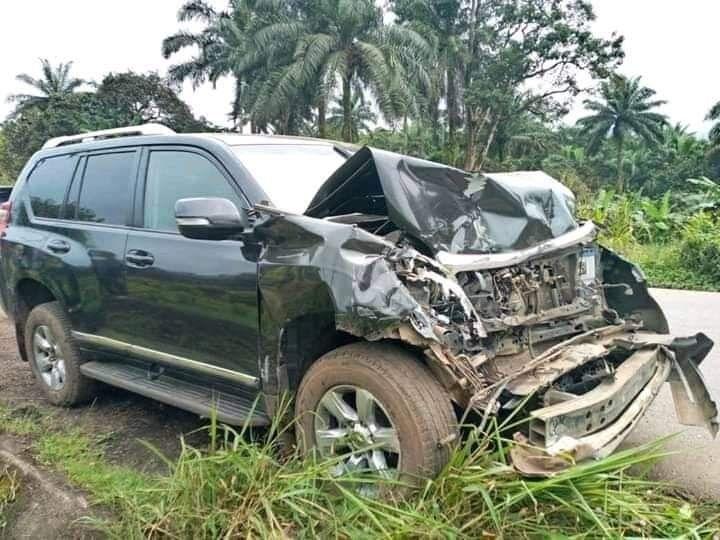 Samuel Eto'o sufre un impresionante accidente automovilístico, su estado de salud se reporta fuera de peligro
