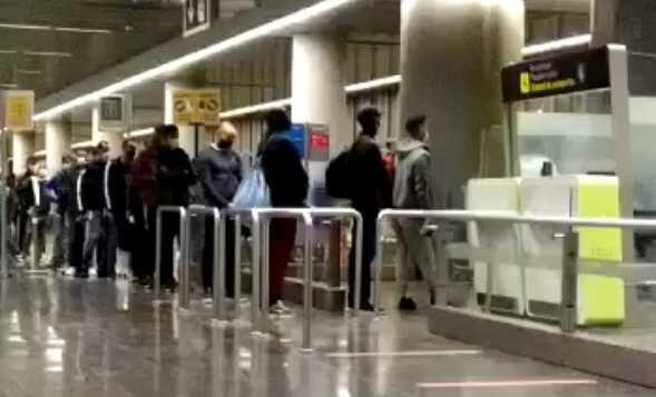 Inmigrantes ilegales de Canarias han sido trasladados a al menos nueve  ciudades españolas - Libertad Digital