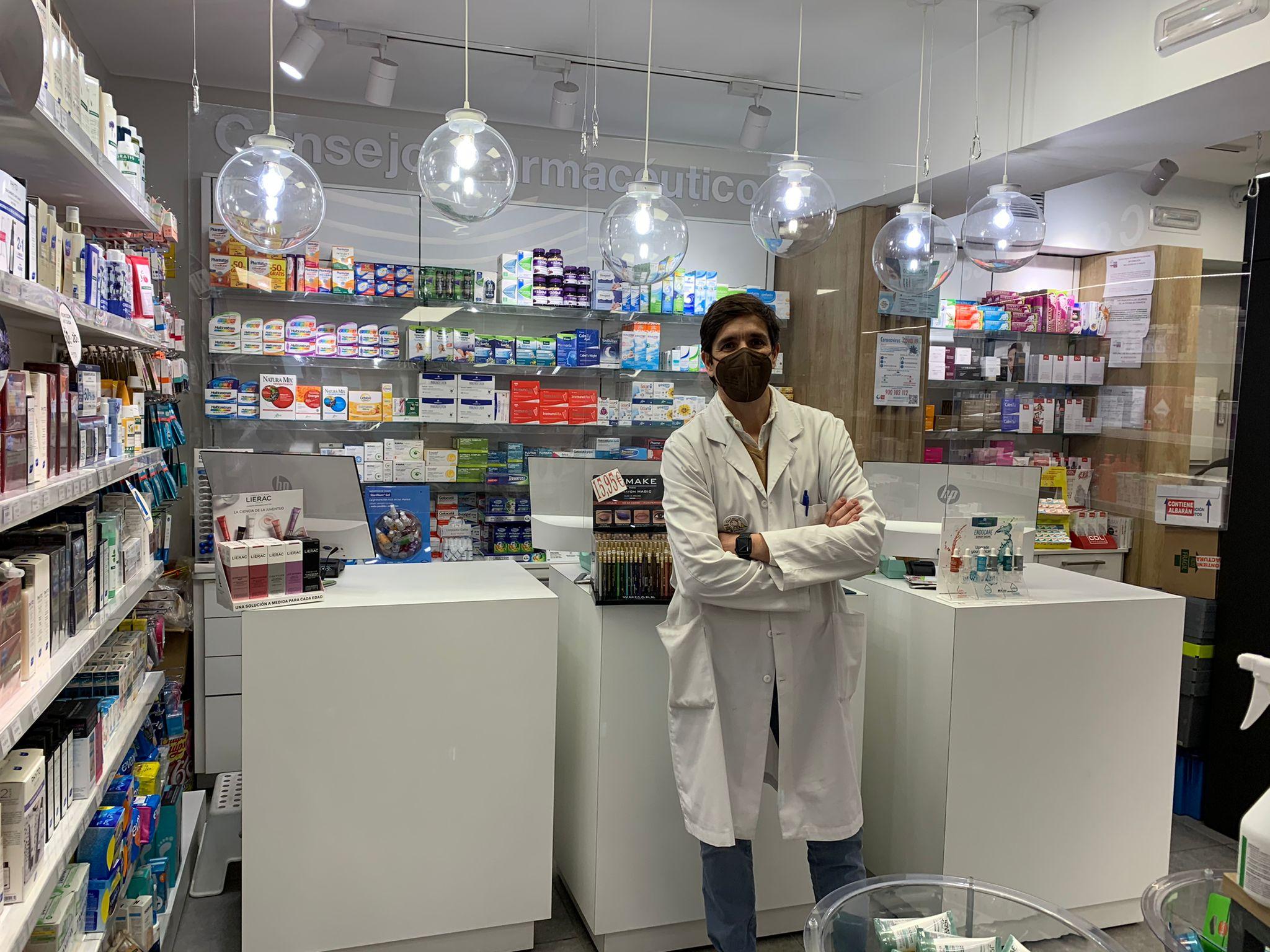 enrique-farmacia.jpeg