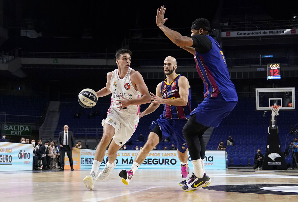alocen-davies-calathes-barcelona-madrid-copa2021.jpg