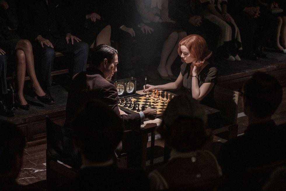 gambito-de-dama-final-ajedrez.jpg
