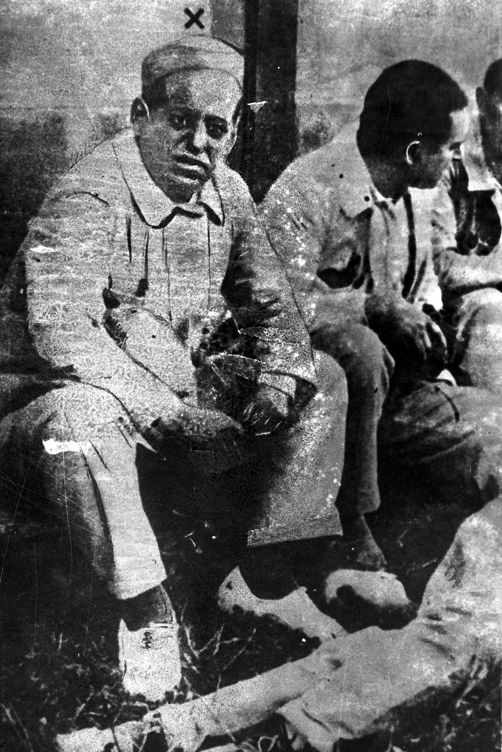 General Sanjurjo en el penal del Duero en enero de 1934