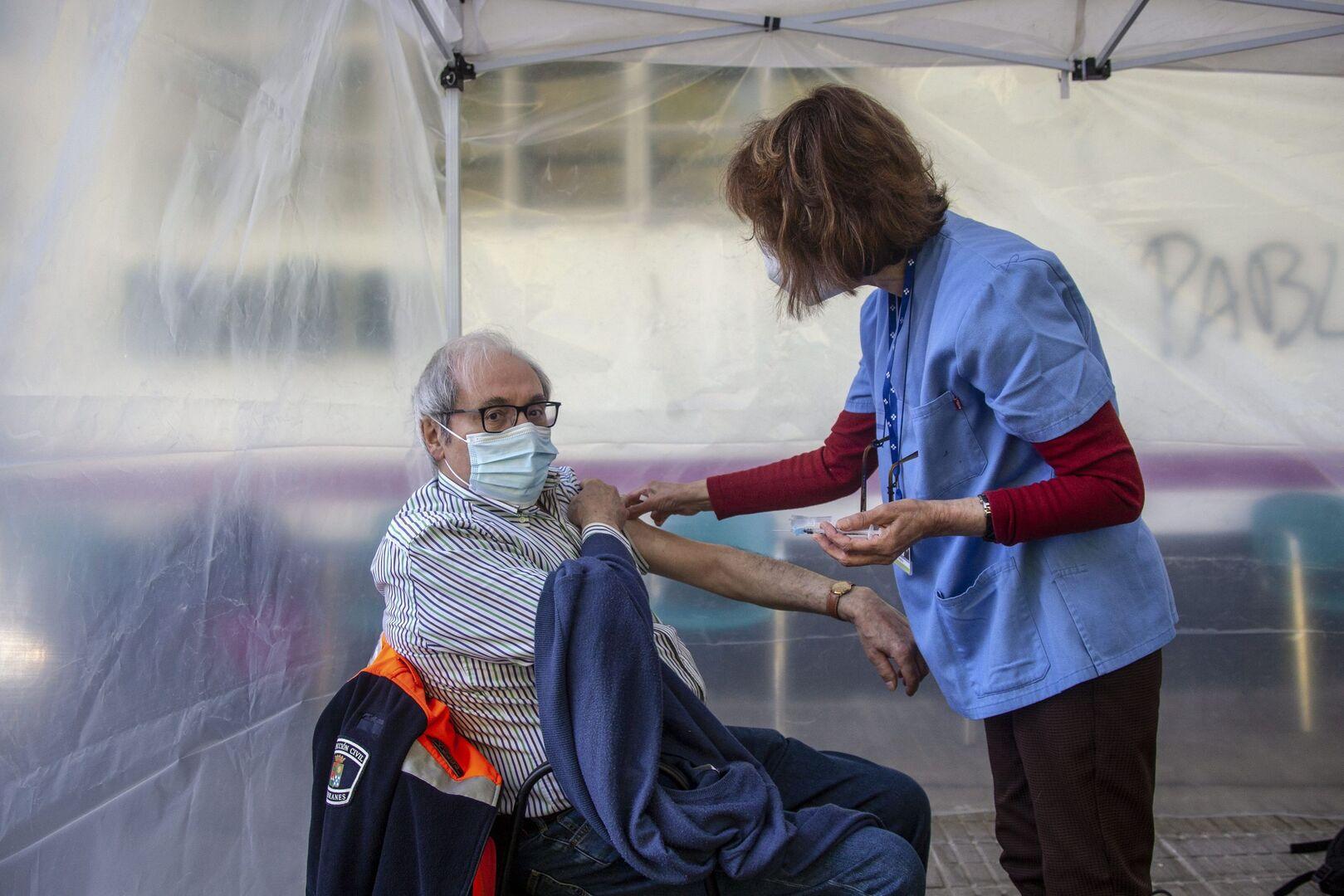 Pfizer dice que hará falta una tercera dosis para garantizar la máxima  inmunidad - Libertad Digital