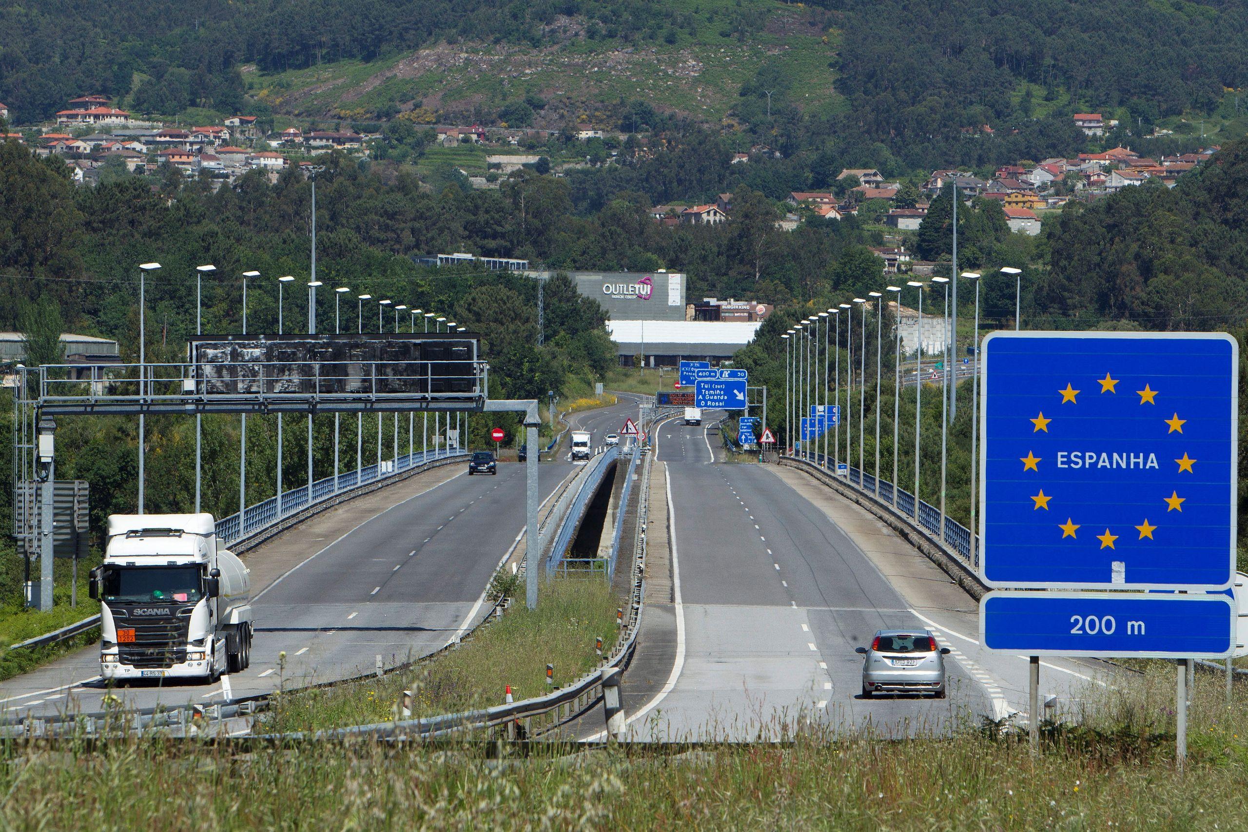 frontera-portugal-040521.jpg