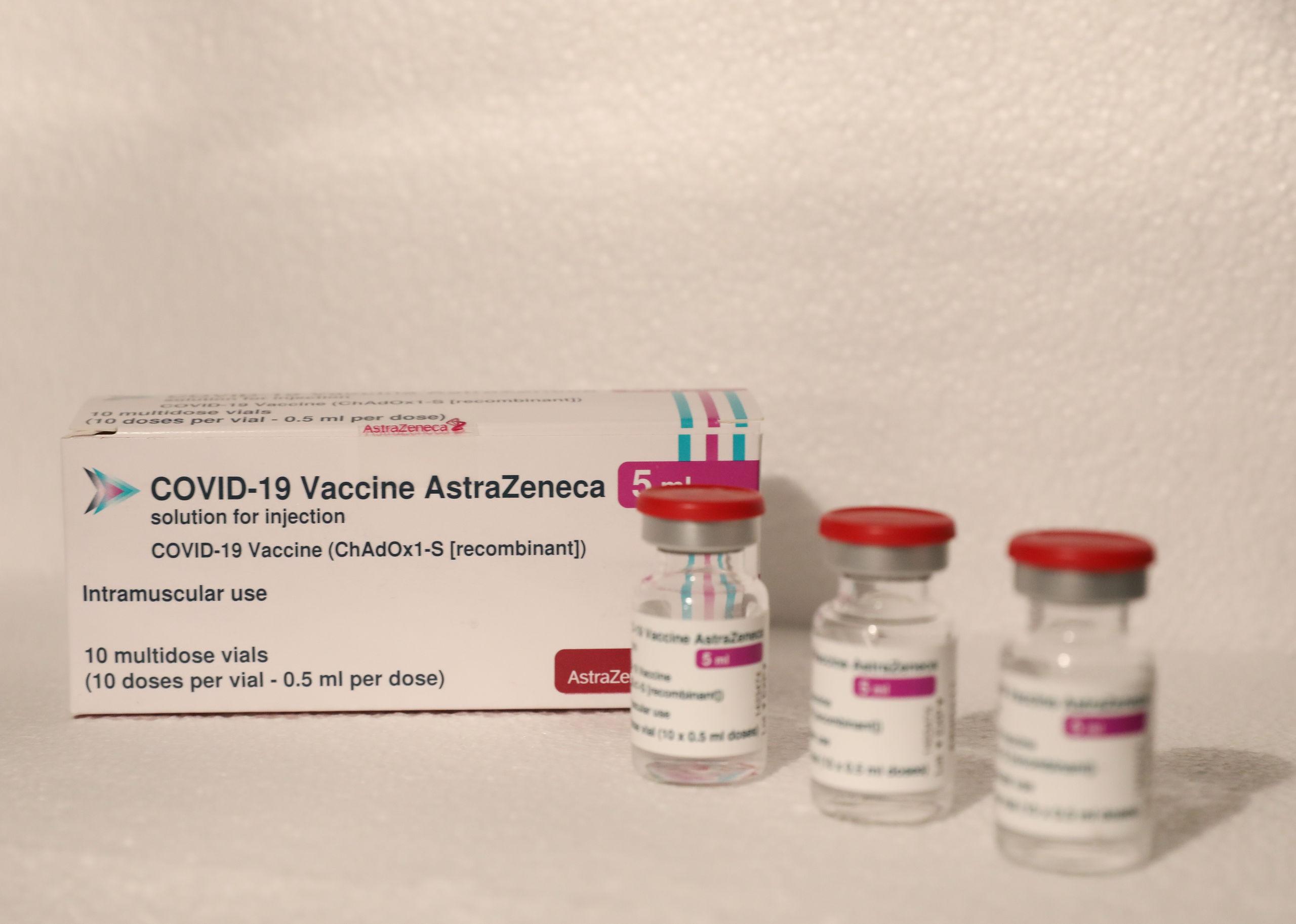 El 60% de los países europeos que vacunan con Jansen y AstraZeneca lo hacen para las mismas franjas de edad