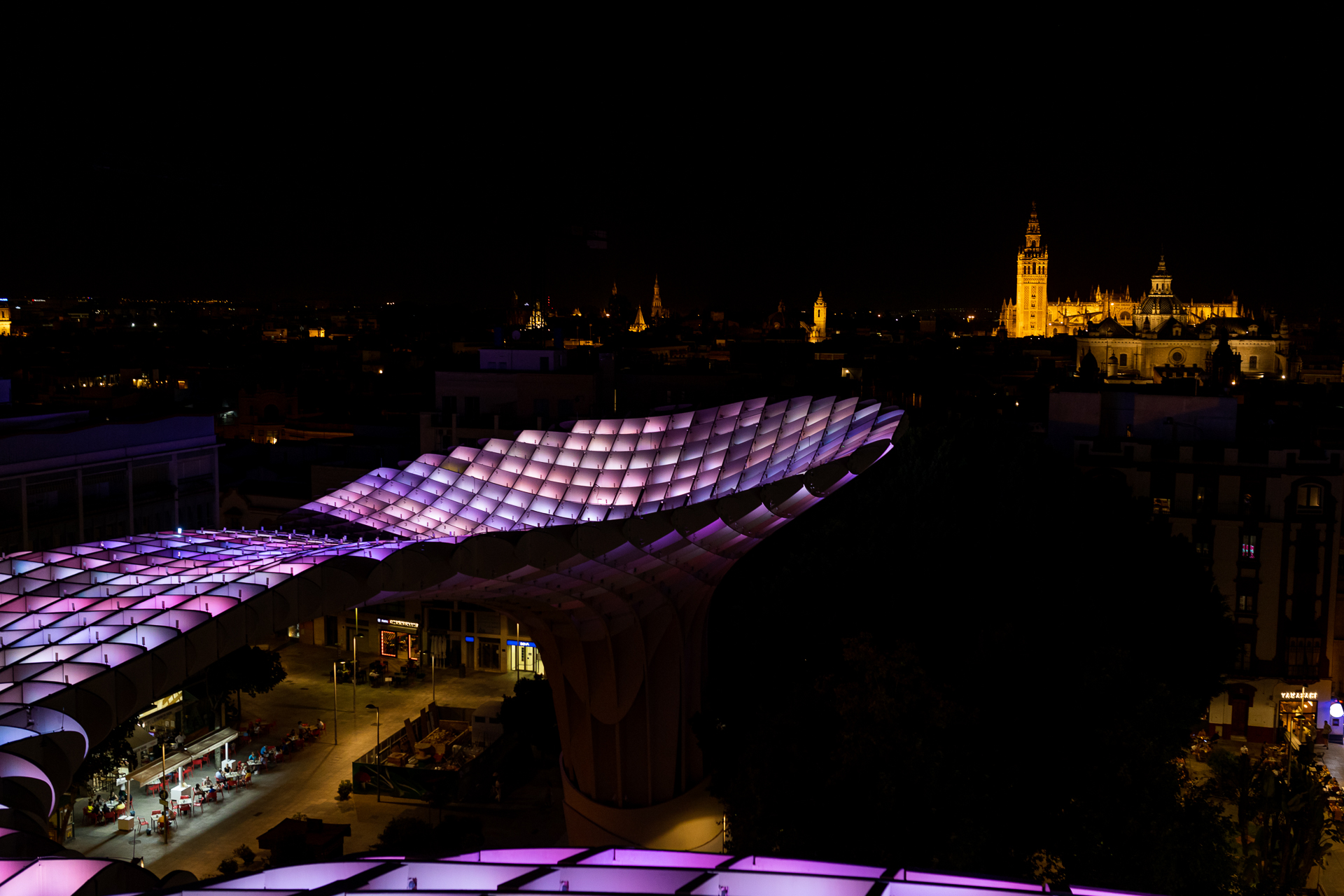 setas-sevilla-iluminacion-aurora.jpg