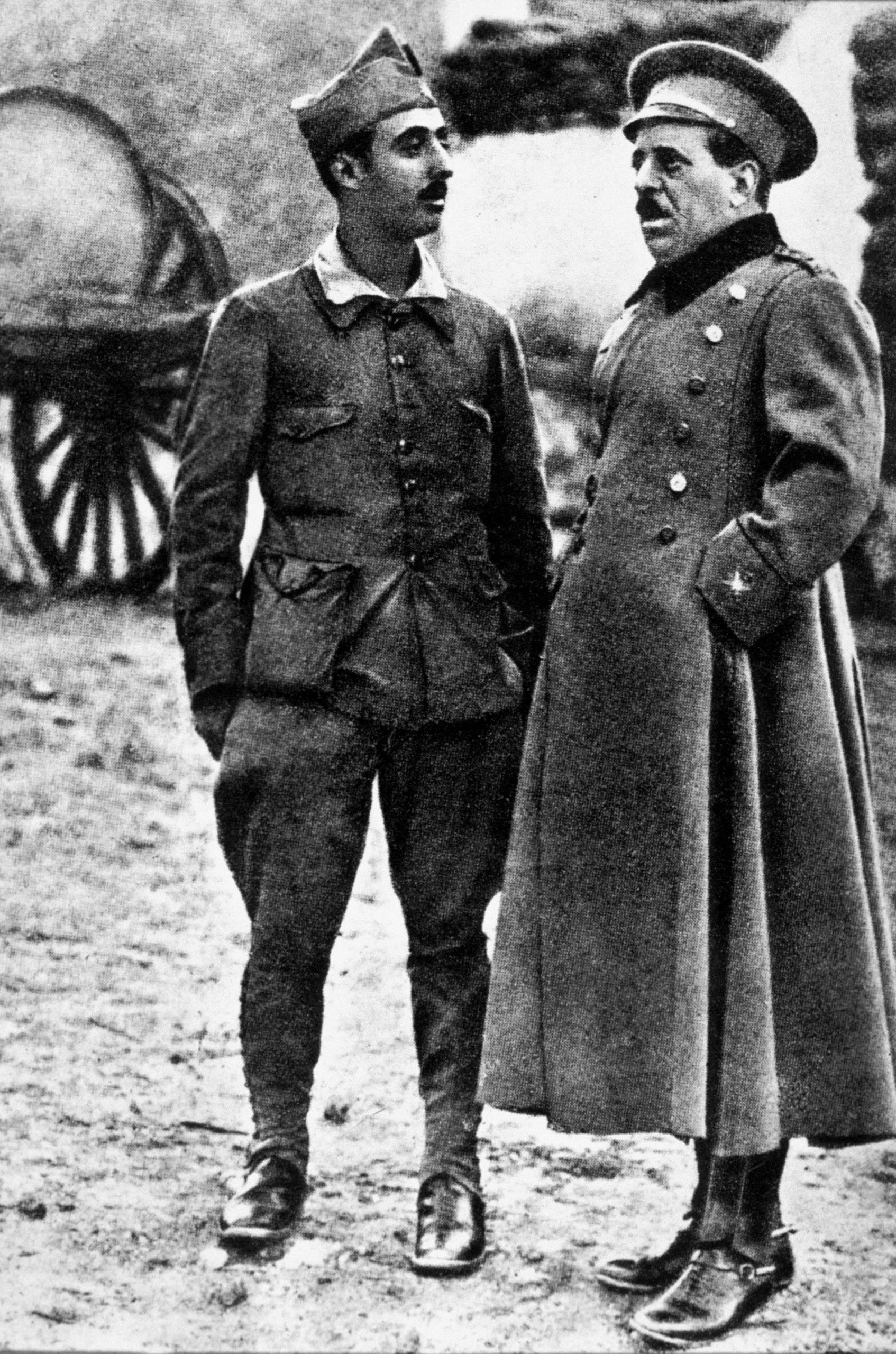 el-general-jose-sanjurjo-y-francisco-franco.jpg